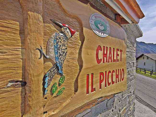 Bed & breakfast chalet il Picchio offers and price